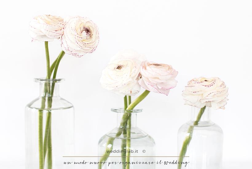Ranuncoli bianchi: fiori per un matrimonio in primavera