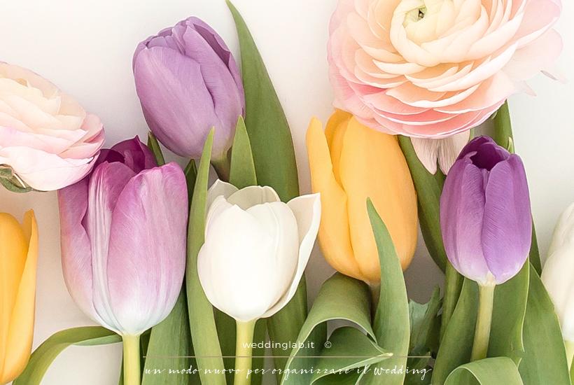 Tulipani e ranuncoli: fiori per un matrimonio in primavera
